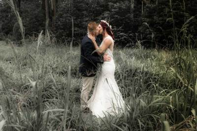 bride groom grass art